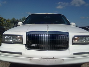 Naudotos automobilio dalys Lincoln TOWN CAR 1995 4.0 Automatinė  4/5 d.  2011-08-15