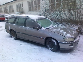 Naudotos automobiliu dallys Foto 2 Opel OMEGA 1994 2.0 Mechaninė Universalas 4/5 d.  2012-01-18 A28