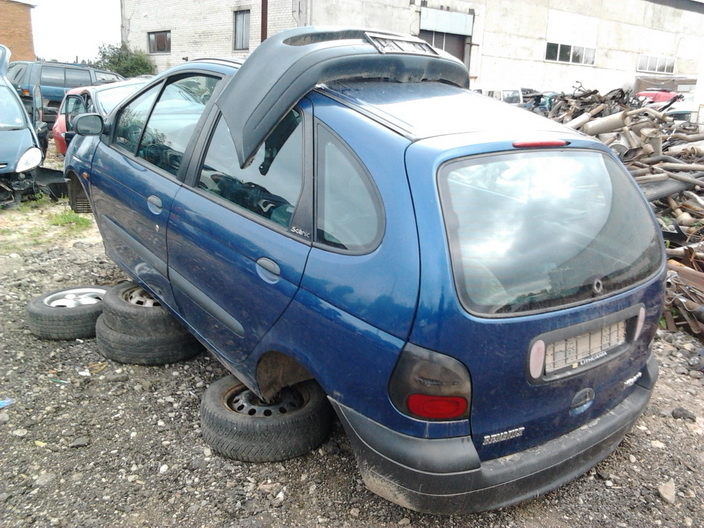 Used Car Parts Foto 5 Renault MEGANE SCENIC 1997 1.6 Mechanical Minivan 4/5 d. Blue 2013-9-02 A1096