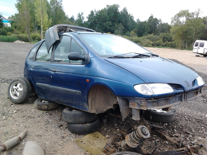 Used Car Parts Foto 7 Renault MEGANE SCENIC 1997 1.6 Mechanical Minivan 4/5 d. Blue 2013-9-02 A1096