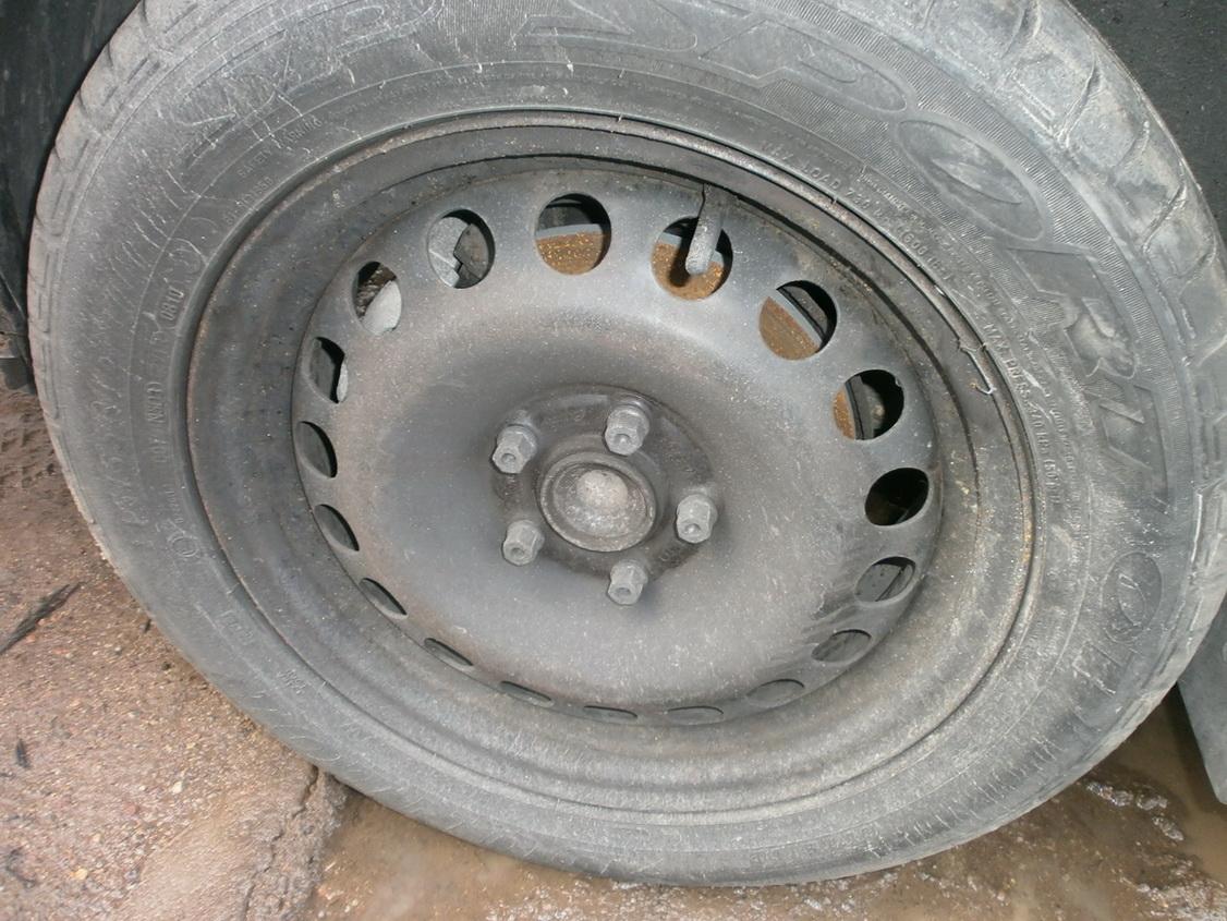 Naudotos automobiliu dallys Foto 5 Opel VECTRA 2003 2.0 Mechaninė Hačbekas 4/5 d. Juoda 2013-12-13 A1260