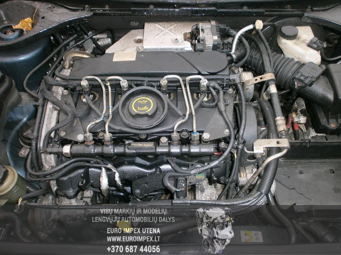 Naudotos automobiliu dallys Foto 8 Ford MONDEO 2004 2.0 Mechaninė Hačbekas 4/5 d. Melyna 2014-1-06 A1281