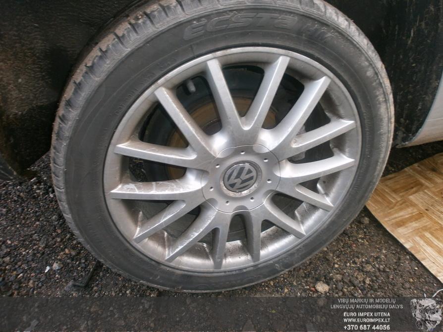 Naudotos automobiliu dallys Foto 4 Volkswagen GOLF 2007 2.0 Automatinė Hačbekas 4/5 d. Pilka 2014-2-21 A1367