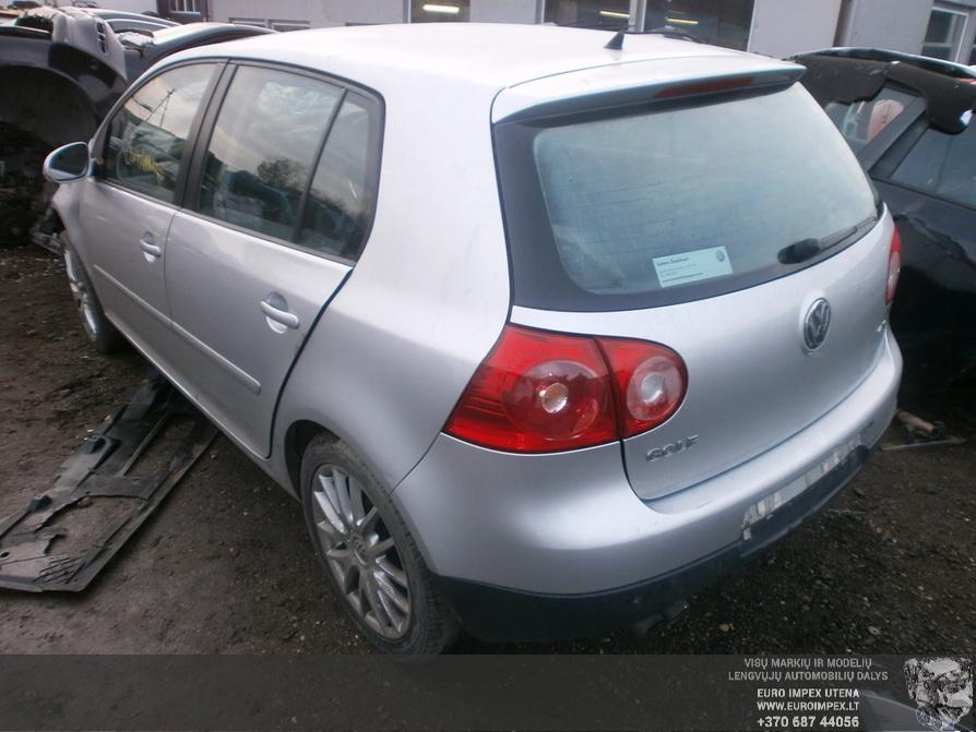 Naudotos automobiliu dallys Foto 6 Volkswagen GOLF 2007 2.0 Automatinė Hačbekas 4/5 d. Pilka 2014-2-21 A1367