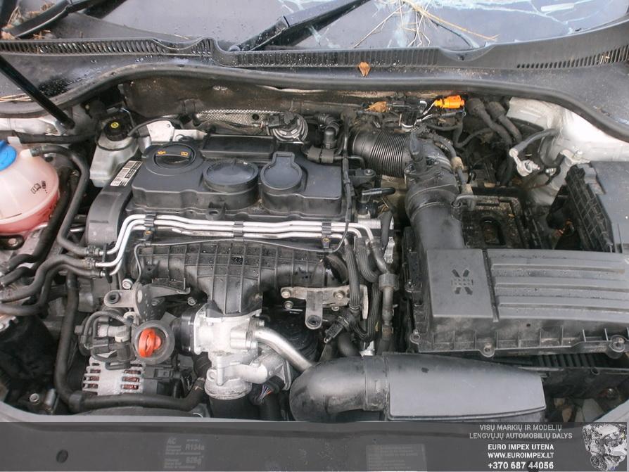 Naudotos automobiliu dallys Foto 8 Volkswagen GOLF 2007 2.0 Automatinė Hačbekas 4/5 d. Pilka 2014-2-21 A1367