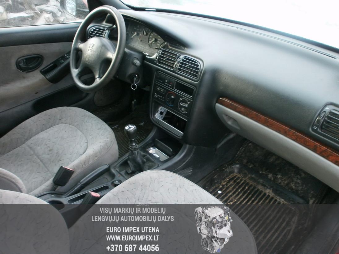 Naudotos automobiliu dallys Foto 5 Peugeot 406 1997 2.1 Mechaninė Sedanas 4/5 d. Raudona 2014-1-31 A1323