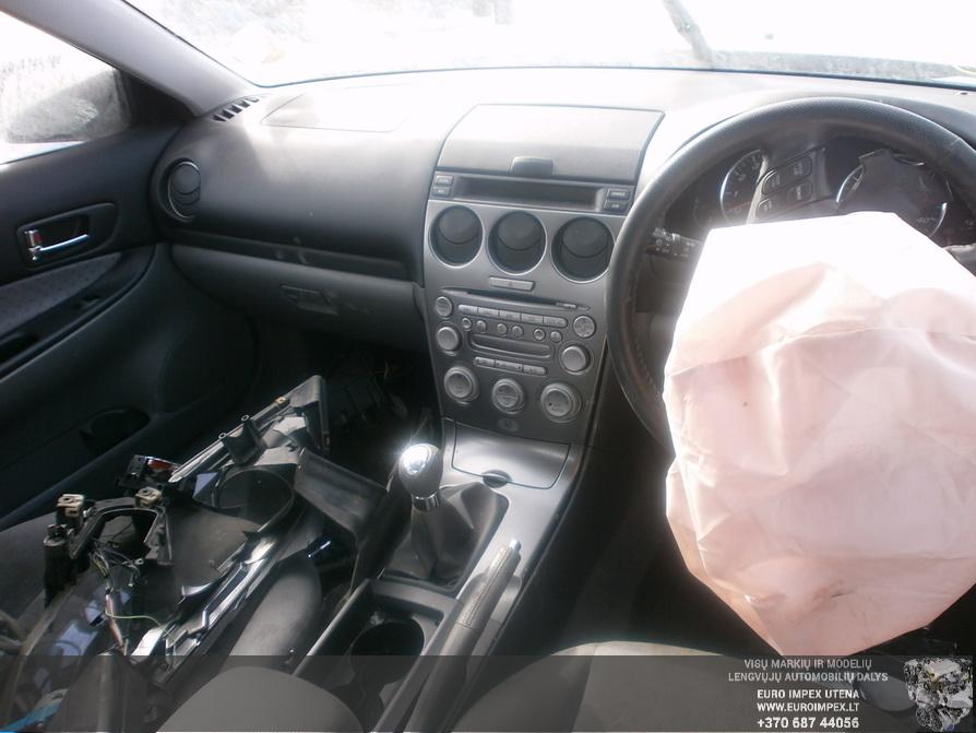 Naudotos automobiliu dallys Foto 5 Mazda 6 2004 2.0 Mechaninė Sedanas 4/5 d. Pilka 2014-3-18 A1418
