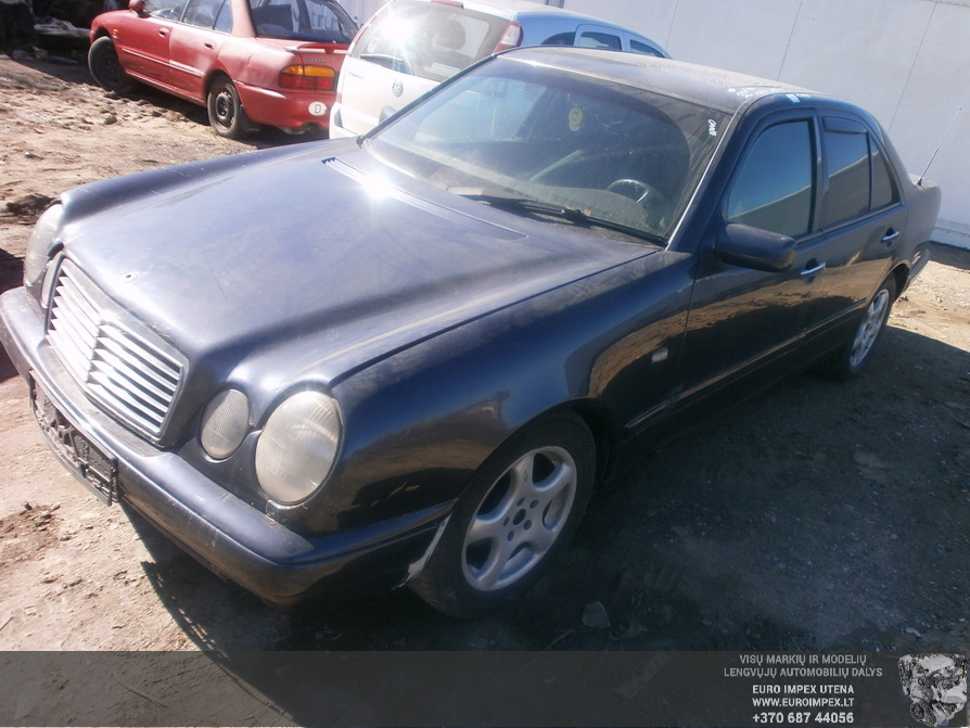 Mercedes-Benz E-CLASS 1997 2.2 Mechaninė