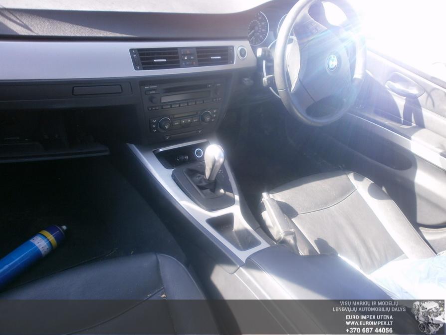 Used Car Parts Foto 5 BMW 3-SERIES 2006 2.0 Automatic Sedan 4/5 d. Silver 2014-3-29 A1438