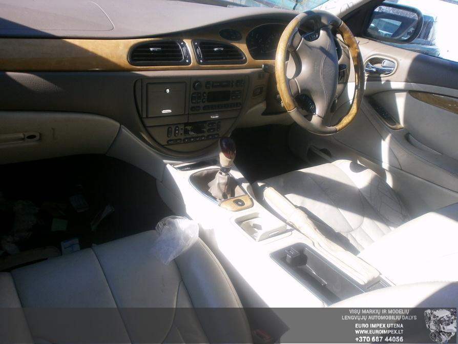 Used Car Parts Foto 2 Jaguar S-TYPE 1999 3.0 Mechanical Sedan 4/5 d. Blue 2014-3-29 A1442