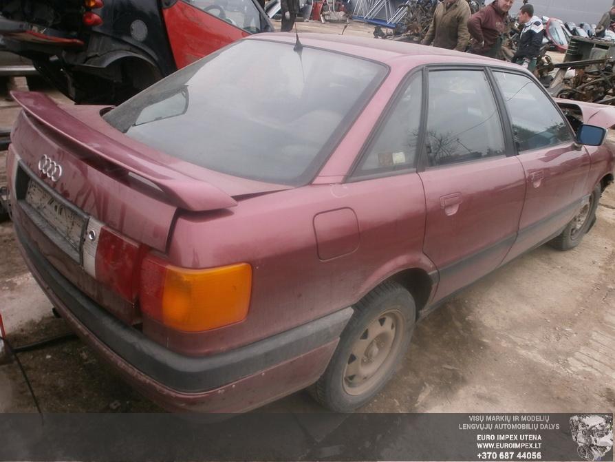 Naudotos automobiliu dallys Foto 6 Audi 80 1991 1.8 Mechaninė Sedanas 4/5 d. Raudona 2014-4-03 A1453
