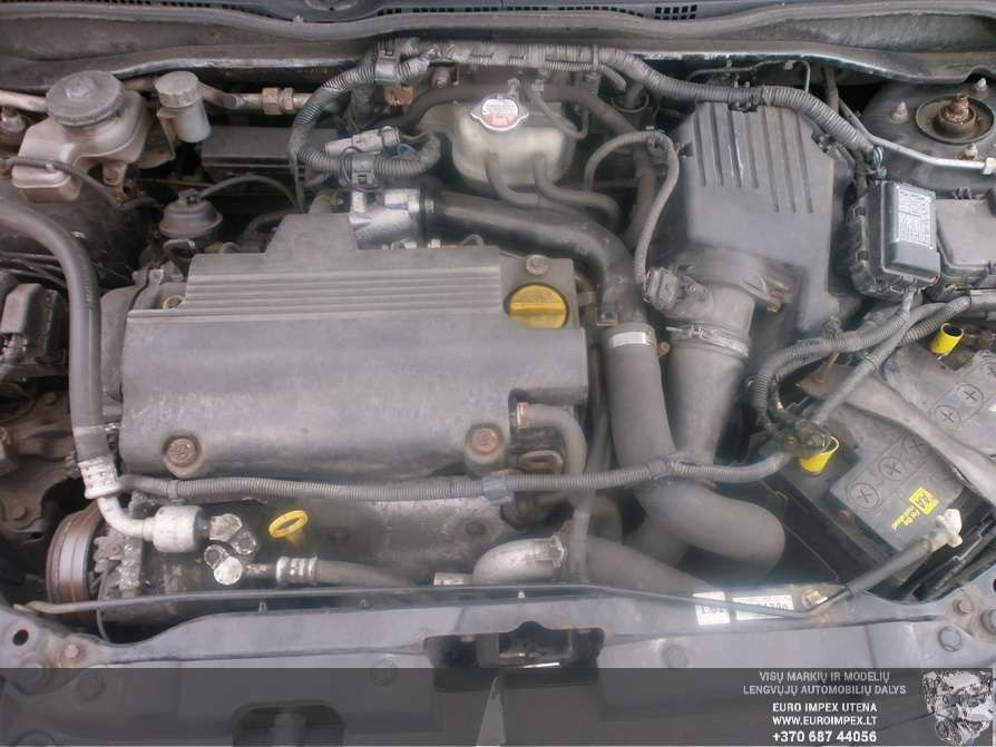 Naudotos automobiliu dallys Foto 8 Honda CIVIC 2004 1.7 Mechaninė Hačbekas 4/5 d. Juoda 2014-4-14 A1480