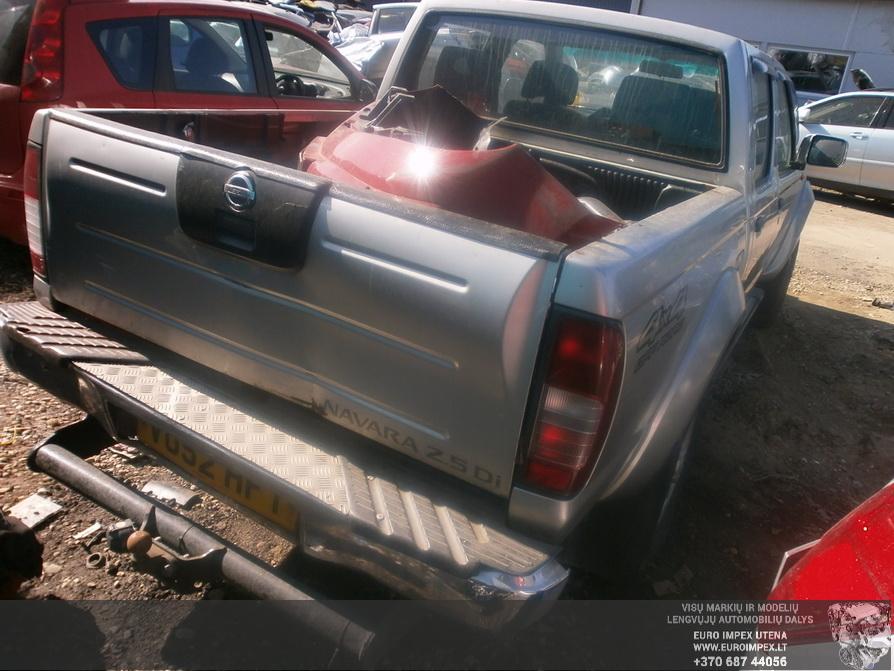 Naudotos automobilio dalys Nissan NAVARA 2002 2.5 Mechaninė Visureigis 4/5 d. Pilka 2014-4-23