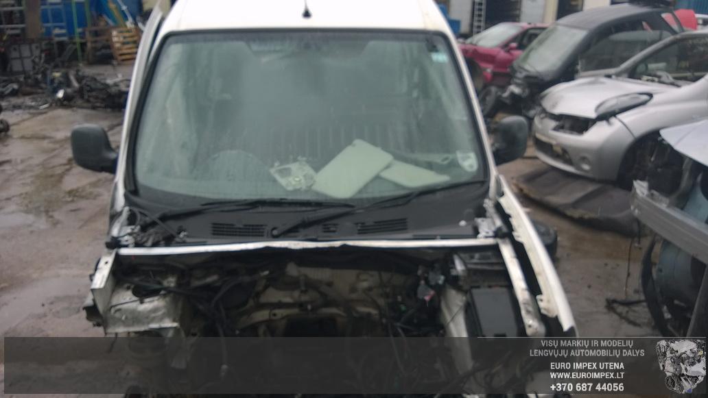 Naudotos automobiliu dallys Foto 2 Peugeot PARTNER 2004 2.0 Mechaninė Komercinis 4/5 d. Balta 2014-4-23 A1518