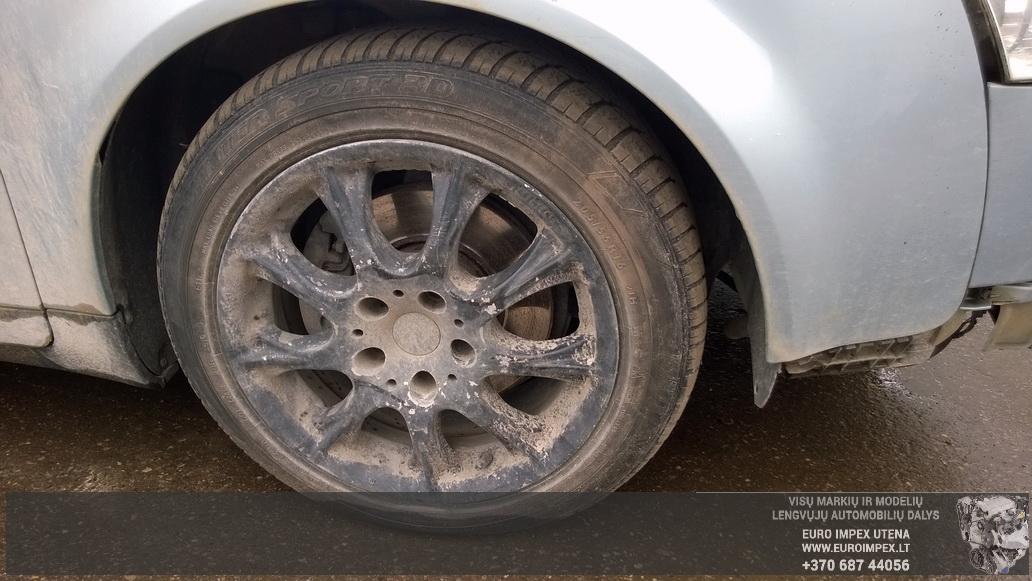Naudotos automobiliu dallys Foto 2 Audi A4 2003 1.9 Mechaninė Universalas 4/5 d. Žydra 2014-6-02 A1588