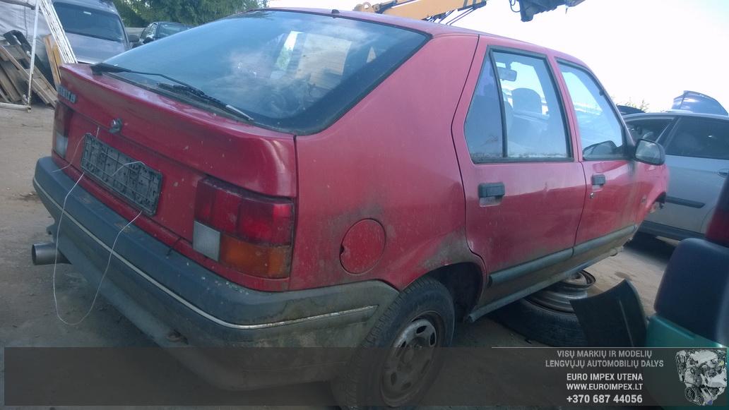 Naudotos automobilio dalys Renault 19 1990 1.7 Mechaninė Hačbekas 2/3 d. Raudona 2014-6-06
