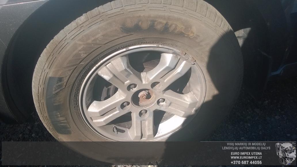 Naudotos automobiliu dallys Foto 4 Kia SORENTO 2005 3.5 Automatinė Visureigis 4/5 d. Pilka 2014-6-10 A1620
