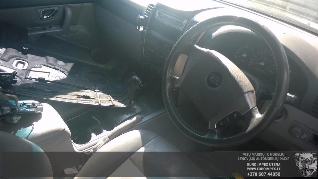 Naudotos automobiliu dallys Foto 7 Kia SORENTO 2005 3.5 Automatinė Visureigis 4/5 d. Pilka 2014-6-10 A1620