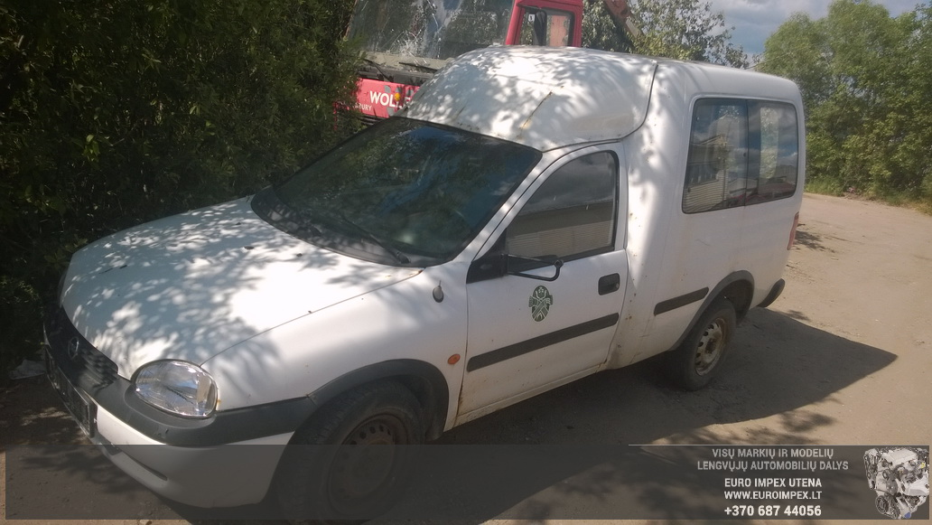 Naudotos automobiliu dallys Foto 1 Opel COMBO 1999 1.7 Mechaninė Komercinis 2/3 d. Balta 2014-6-16 A1625
