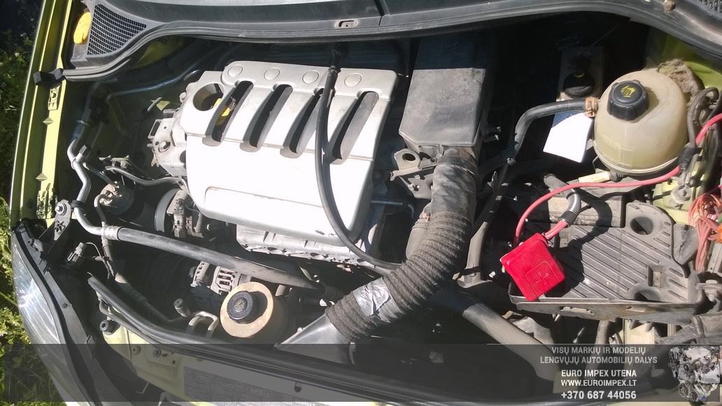Naudotos automobiliu dallys Foto 8 Renault MEGANE SCENIC 2001 1.6 Mechaninė Vienatūris 4/5 d. Žalia 2014-7-16 A1674