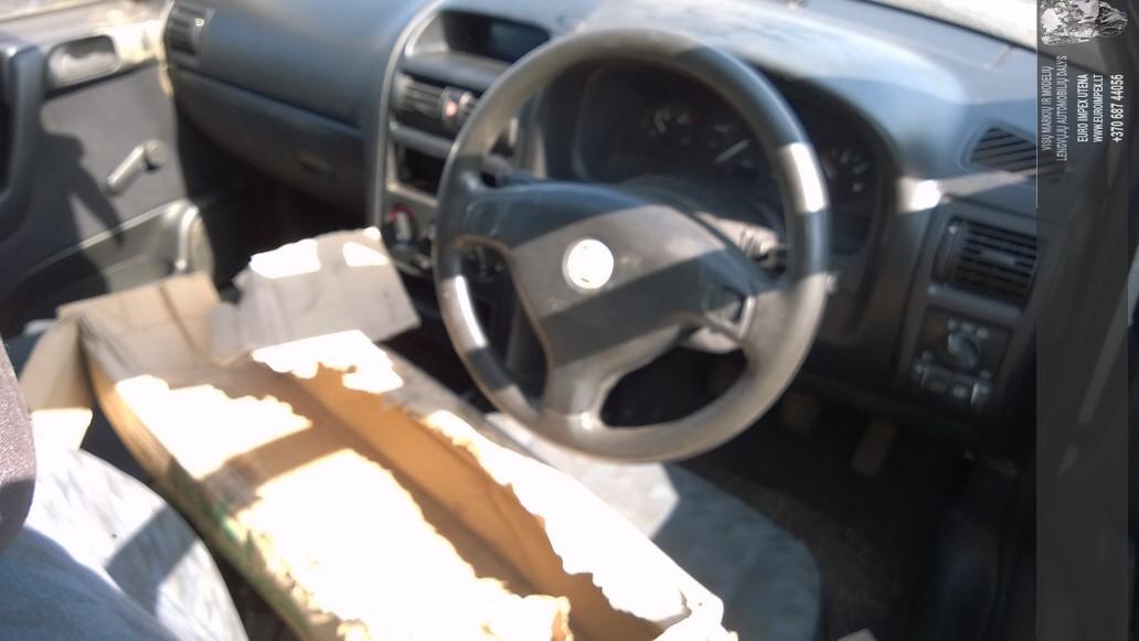 Naudotos automobiliu dallys Foto 5 Opel ASTRA 1999 1.7 Mechaninė Komercinis 2/3 d. Balta 2014-7-26 A1696
