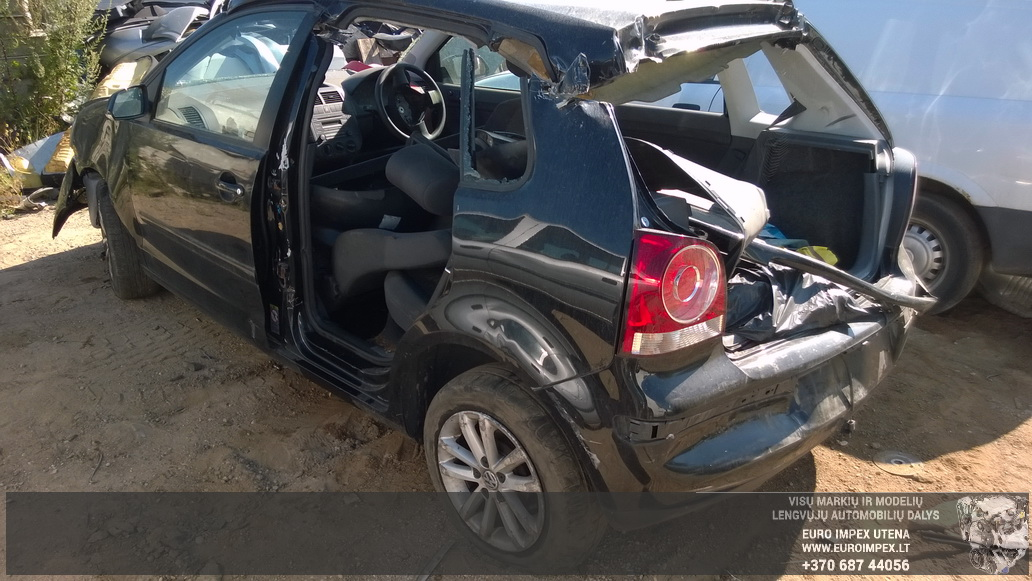 Naudotos automobilio dalys Volkswagen POLO 2006 1.2 Mechaninė Hačbekas 4/5 d. Juoda 2014-7-26