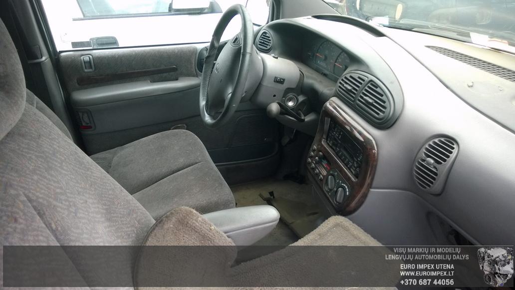 Naudotos automobiliu dallys Foto 7 Chrysler VOYAGER 1999 3.3 Automatinė Vienatūris 4/5 d. Žalia 2014-9-01 A1751