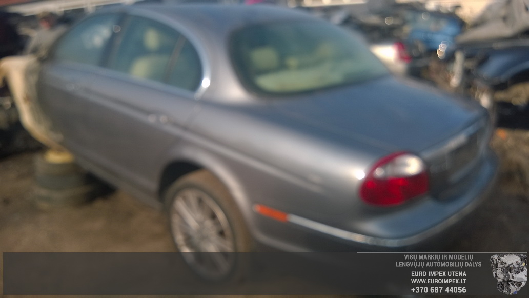 Naudotos automobiliu dallys Foto 8 Jaguar S-TYPE 2005 2.7 Automatinė Sedanas 4/5 d. Zalia 2014-9-15 A1770