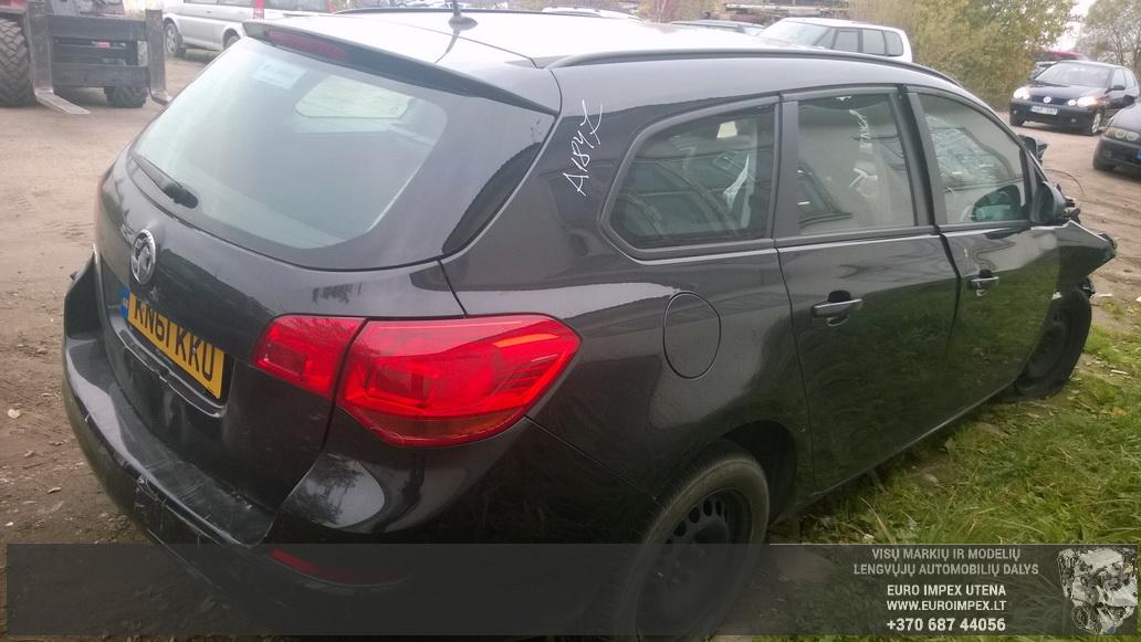 Naudotos automobilio dalys Opel ASTRA 2011 1.3 Mechaninė Universalas 4/5 d. Juoda 2014-10-08