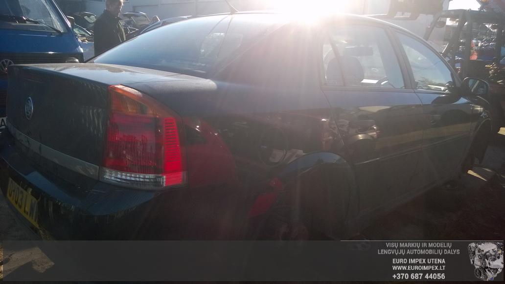 Naudotos automobiliu dallys Foto 6 Opel VECTRA 2003 1.8 Mechaninė Sedanas 4/5 d. Juoda 2014-10-23 A1875