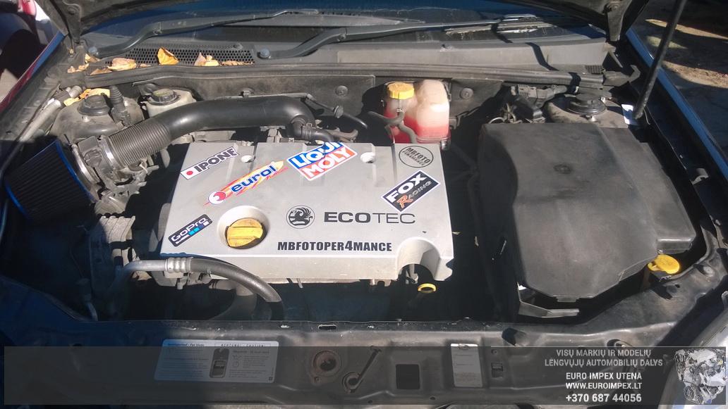 Naudotos automobiliu dallys Foto 8 Opel VECTRA 2003 1.8 Mechaninė Sedanas 4/5 d. Juoda 2014-10-23 A1875