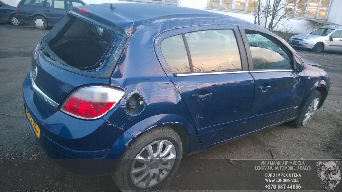 Naudotos automobiliu dallys Foto 5 Opel ASTRA 2005 1.6 Mechaninė Hačbekas 4/5 d. Melyna 2014-11-11 A1914