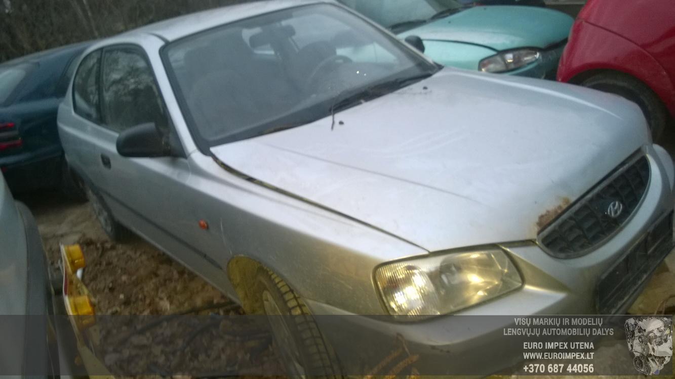 Naudotos automobiliu dallys Foto 3 Hyundai ACCENT 2002 1.3 Mechaninė Hačbekas 4/5 d. Pilka 2014-11-19 A1930