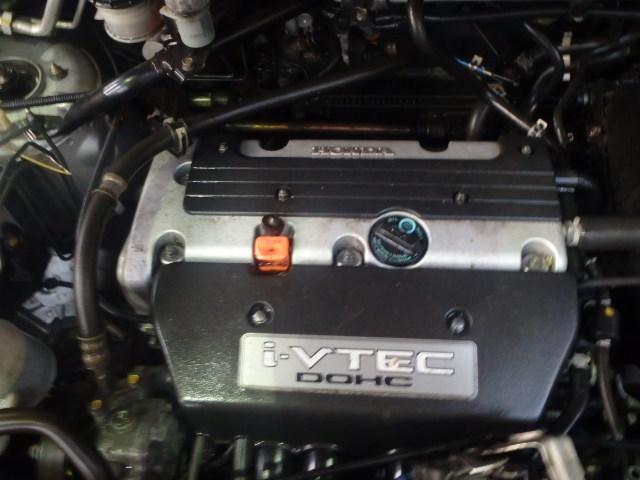 Naudotos automobiliu dallys Foto 5 Honda CR-V 2004 2.0 Mechaninė Visureigis 4/5 d. Pilka 2014-12-30 A1972