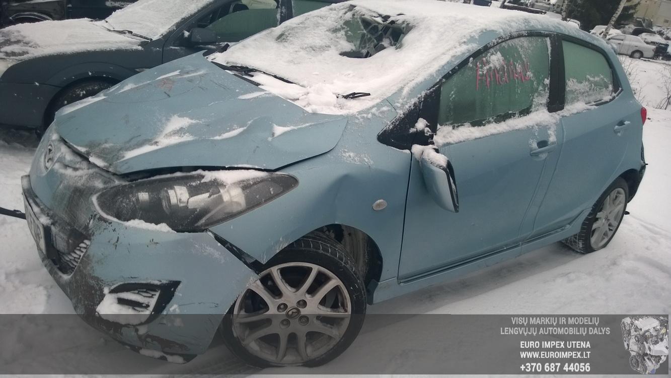 Naudotos automobiliu dallys Foto 3 Mazda 2 2012 1.3 Mechaninė Hačbekas 4/5 d. Zydra 2014-12-31 A1981