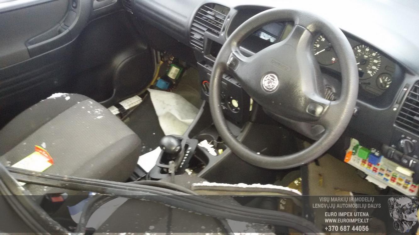 Naudotos automobiliu dallys Foto 4 Opel ZAFIRA 2000 1.8 Automatinė Vienatūris 4/5 d. Juoda 2015-1-26 A2059