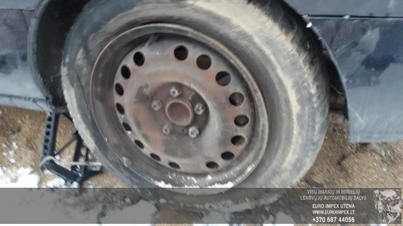 Naudotos automobiliu dallys Foto 7 Opel ZAFIRA 2000 1.8 Automatinė Vienatūris 4/5 d. Juoda 2015-1-26 A2059