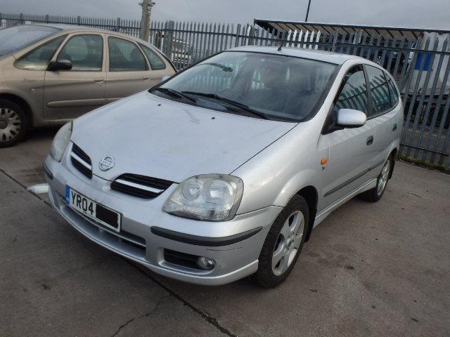 Nissan ALMERA TINO 2004 2.2 Mechaninė