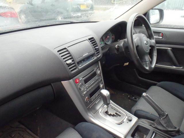 Naudotos automobiliu dallys Foto 5 Subaru LEGACY 2005 2.0 Automatinė Sedanas 4/5 d. Pilka 2015-1-07 A2000