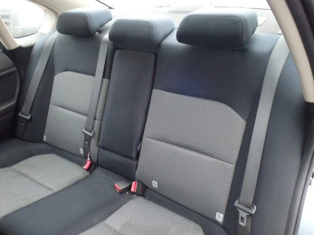 Naudotos automobilio dalys Subaru LEGACY 2005 2.0 Automatinė Sedanas 4/5 d. Pilka 2015-1-07