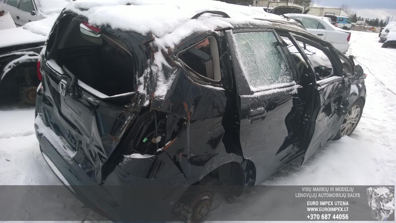 Naudotos automobiliu dallys Foto 6 Honda JAZZ 2012 1.4 Mechaninė Hačbekas 4/5 d. Juoda 2015-1-12 A2041