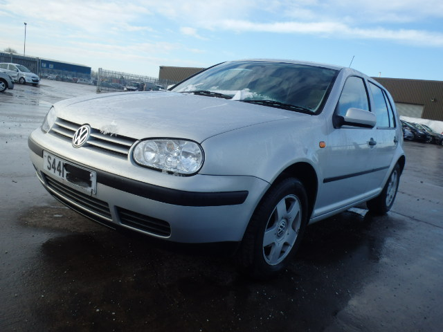 Volkswagen GOLF 1999 1.6 Mechanical