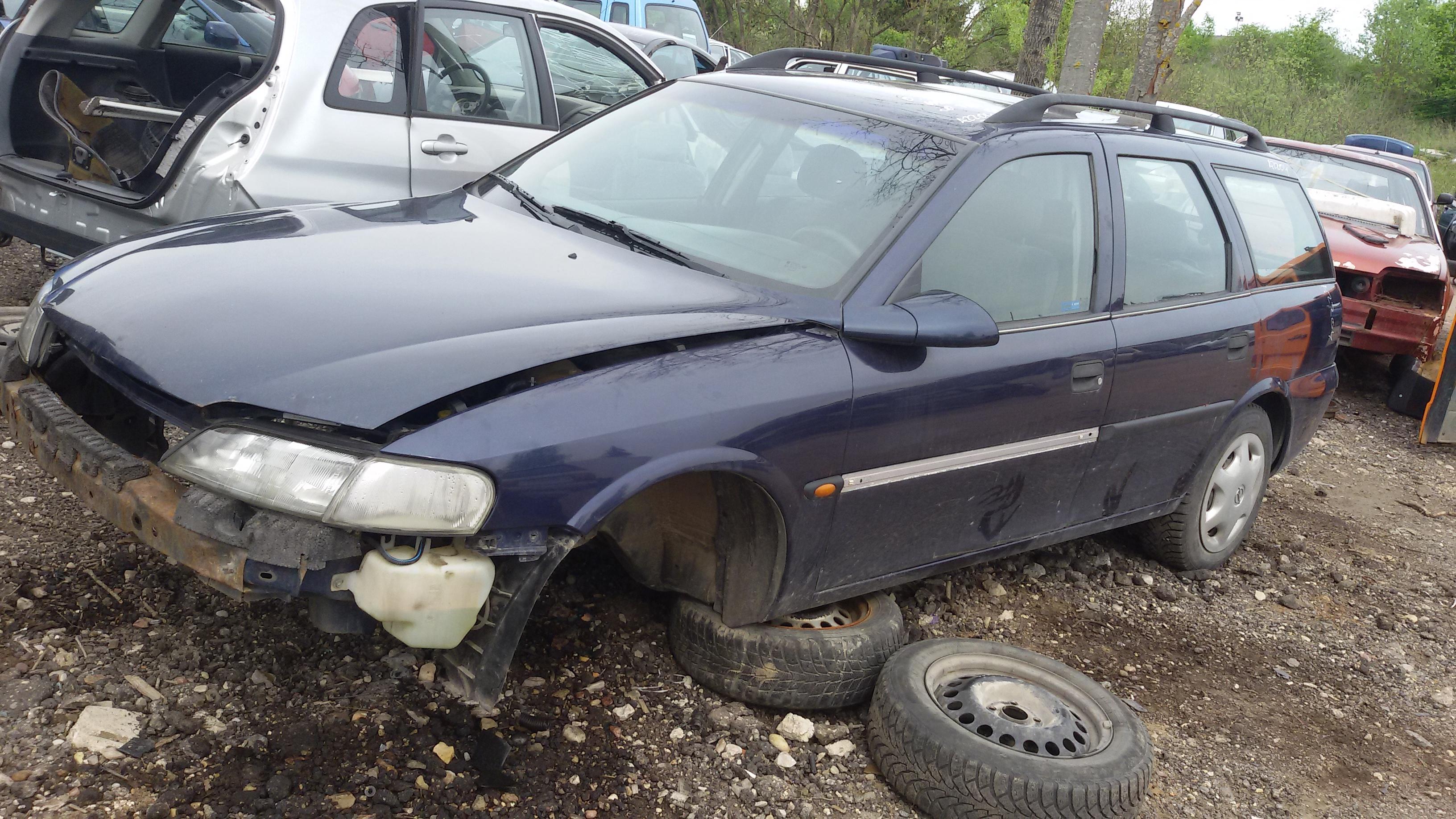 Opel VECTRA 1998 2.0 Mechanical