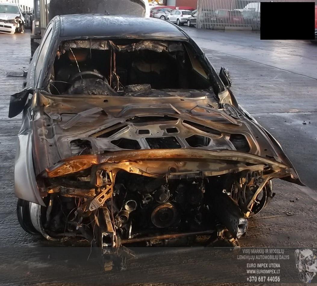 Naudotos automobiliu dallys Foto 4 BMW 3-SERIES 2012 2.0 Automatinė Sedanas 4/5 d. Juoda 2015-6-25 A2244