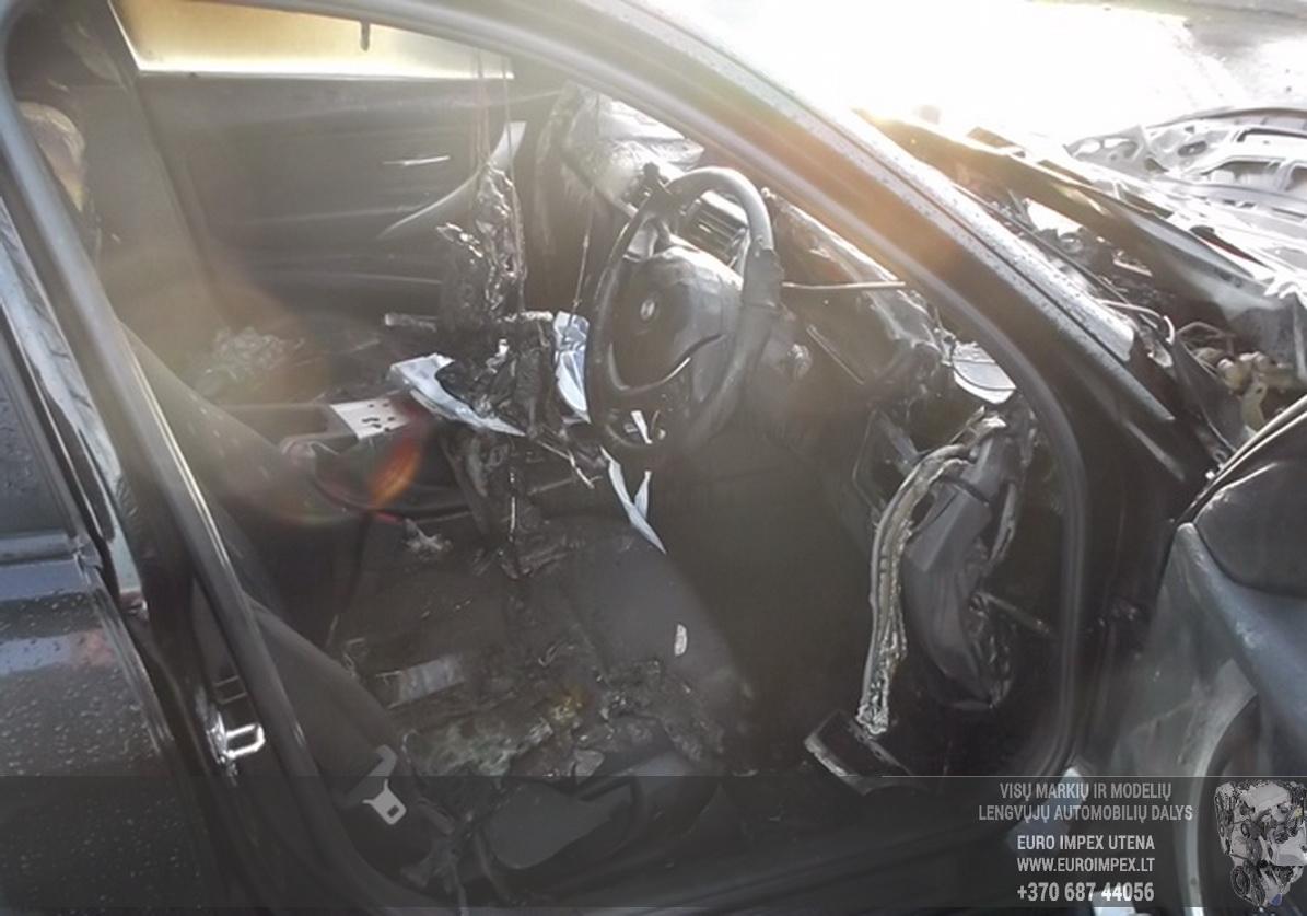 Naudotos automobiliu dallys Foto 5 BMW 3-SERIES 2012 2.0 Automatinė Sedanas 4/5 d. Juoda 2015-6-25 A2244