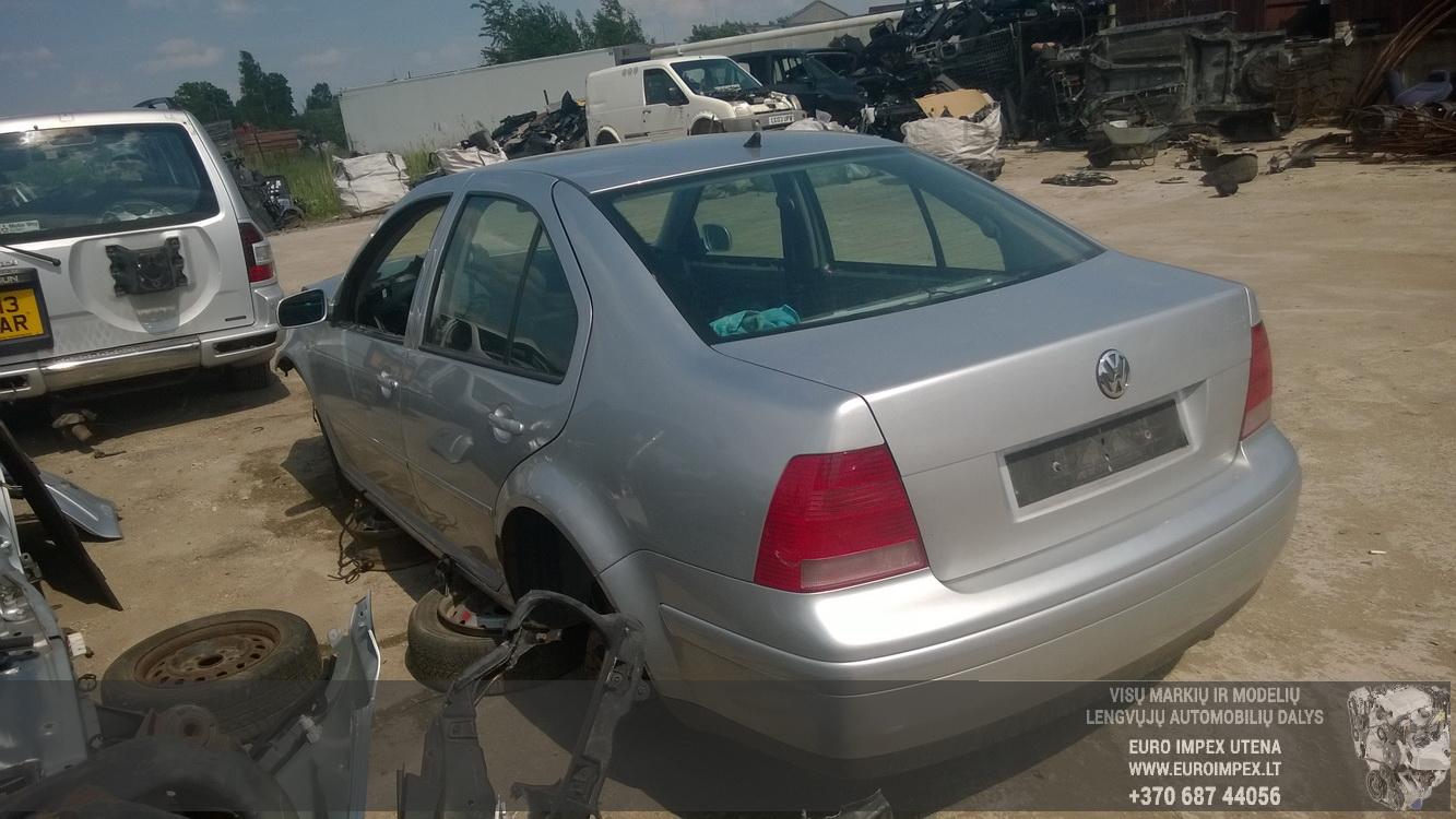Naudotos automobilio dalys Volkswagen BORA 2001 1.8 Mechaninė Sedanas 4/5 d. Pilka 2015-6-02