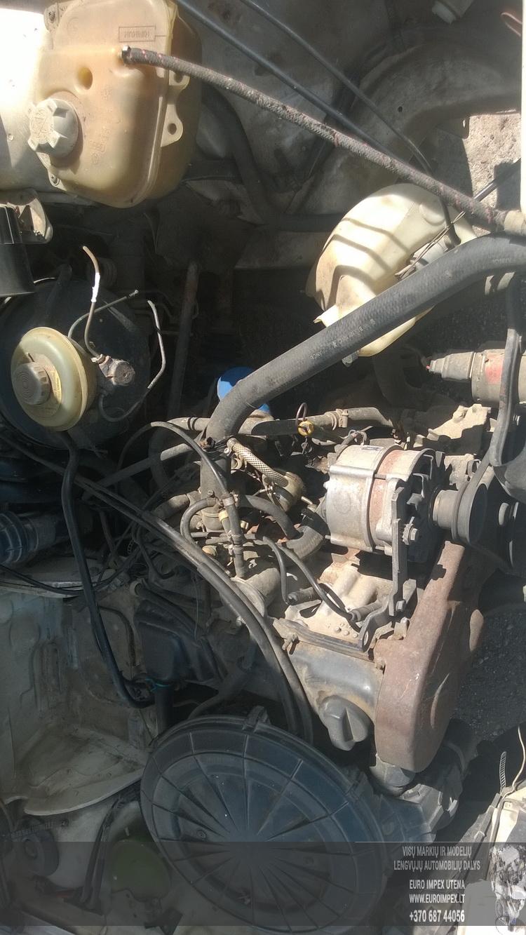 Naudotos automobiliu dallys Foto 8 Audi 80 1989 1.8 Mechaninė Sedanas 4/5 d. Balta 2015-6-08 A2231