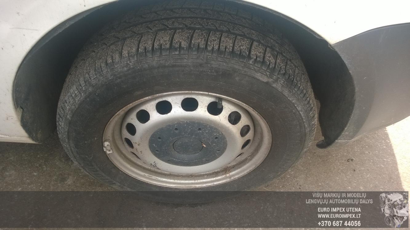 Naudotos automobiliu dallys Foto 4 Volkswagen CADDY 2006 1.9 Automatinė Komercinis 2/3 d. Balta 2015-7-21 A2308