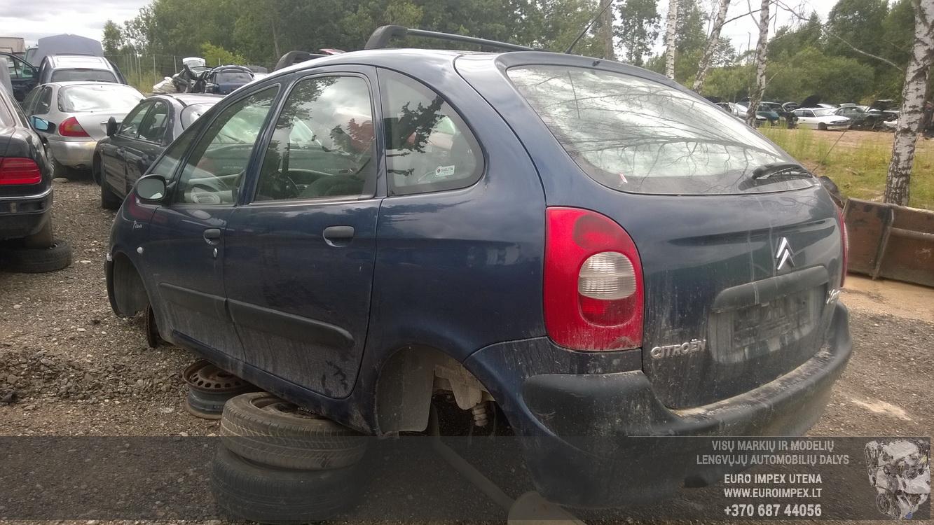 Naudotos automobiliu dallys Foto 5 Citroen XSARA PICASSO 2000 2.0 Mechaninė Vienatūris 4/5 d. Violetine 2015-8-17 A2333