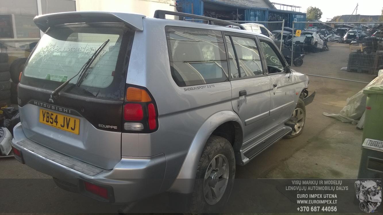 Naudotos automobilio dalys Mitsubishi PAJERO 2004 2.5 Mechaninė Visureigis 4/5 d. Pilka 2015-10-14